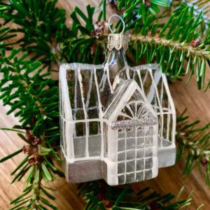 glass house christmas decoration